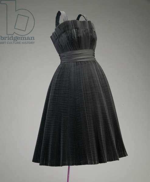 Cocktail dress, c.1950 (front oblique view), Silk faille, Christian Dior, Paris