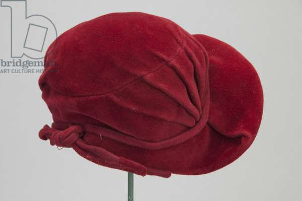 Hat, c.1948 (back oblique view), Silk velvet, Christian Dior, Paris