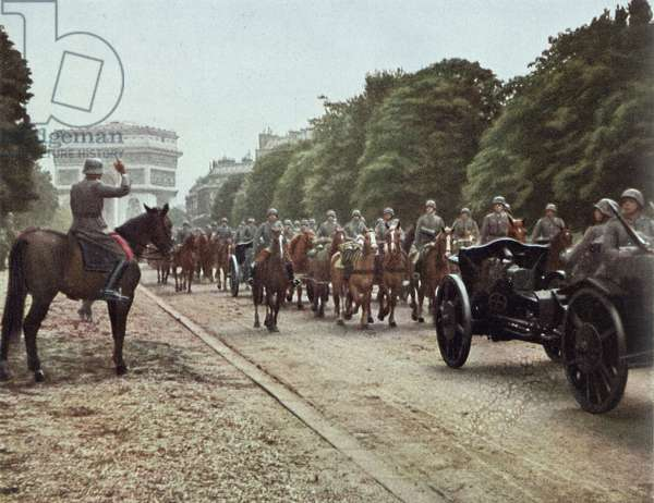 The Germans entering Paris, from 'Signal', 14th June 1940 (photo)