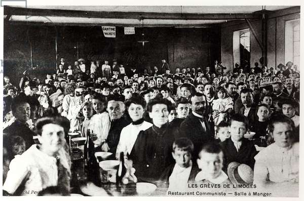 Postcard depicting the Strikes in Limoges, c. 1910 (photolitho)  (b/w photo)