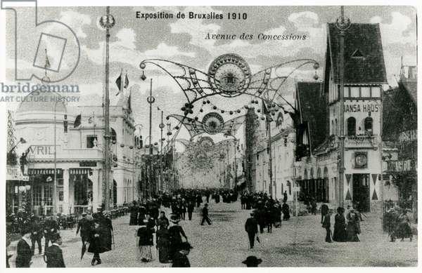 Avenue des Concessions at the Exposition Universelle de Bruxelles, 1910 (b/w photo)