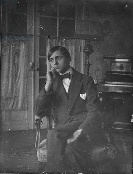 Rene Clair (1898-1981), c. 1913 (b/w photo)