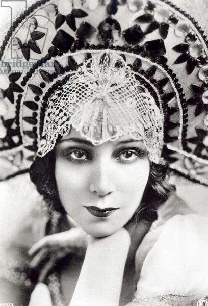 Dolores del Rio, c.1925 (b/w photo)