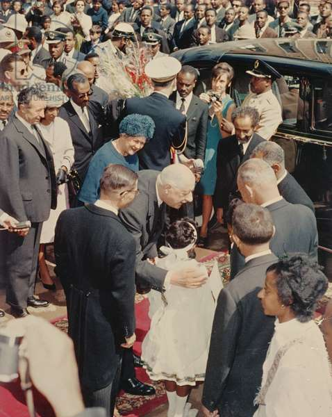 Visit of Charles and Madame de Gaulle to Emperor Haile Selassie of Ethiopia, 1953 (photo)