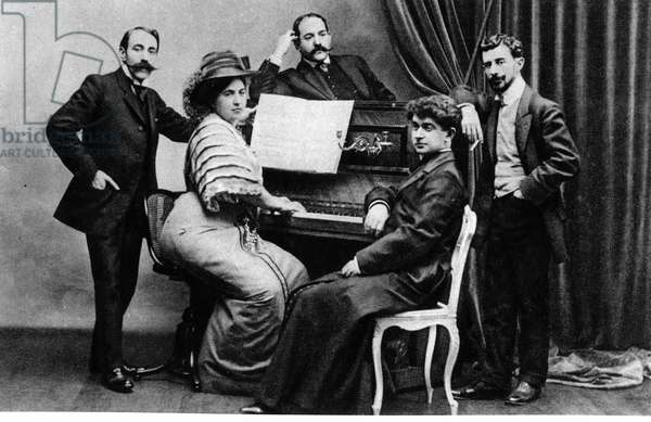 Group photograph of members of the 'Apaches' - (L to R) Ricardo Vines, Madame and Monsieur Robert Mortier, Abbe Leonce Petit and Maurice Ravel, c.1900 (b/w photo)