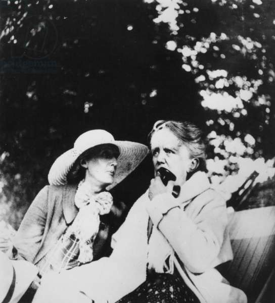 Virginia Woolf and Dame Ethel Smyth, c.1930-41 (b/w photo)