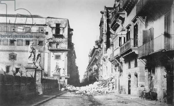 Barricade of General Turr, Via Toledo in Palermo, June 1860 (b/w photo)