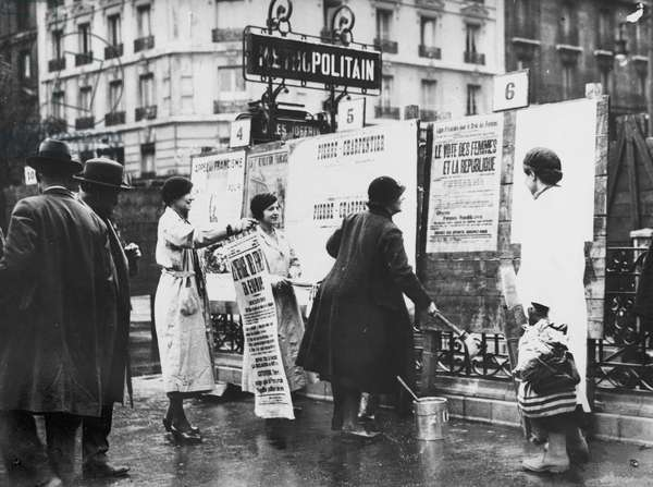 Demonstration for Women's Vote, Paris, before 1914 (b/w photo)