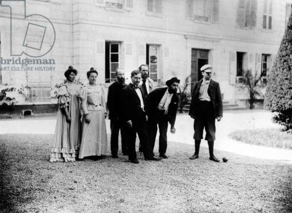 A game of pétanque at 'Le Relais', home of the Natanson family in Villeneuve-sur-Yonne, c. 1899 (b/w photo)