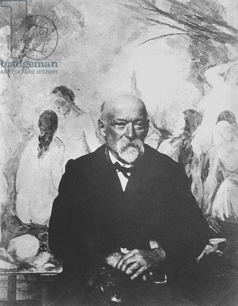 Paul Cezanne (1839-1906) in front of his painting 'The Large Bathers' 1904 (b/w photo) (see also 217621)