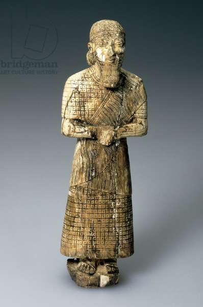 Statuette of a worshipper, late 8th century BC (ivory)