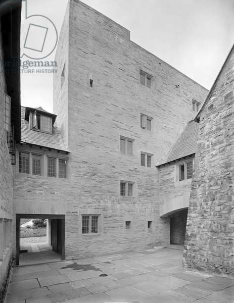 The second courtyard within the new south wing at Penheal Manor, from 'Edwin Lutyens: Country Houses' (b/w photo)