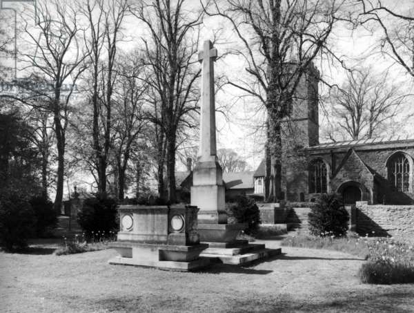 The churchyard at Ashby St. Ledgers, from 'Edwin Lutyens: Country Houses' (b/w photo)