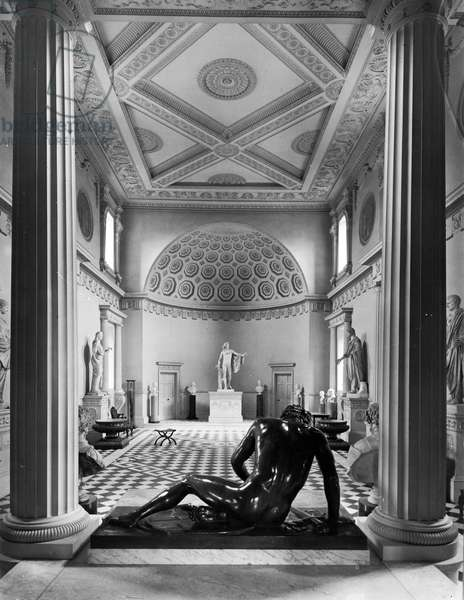 'The Dying Gaul' in the foreground of the Great Hall, Syon House, London, from 'The English Country House' (b/w photo)
