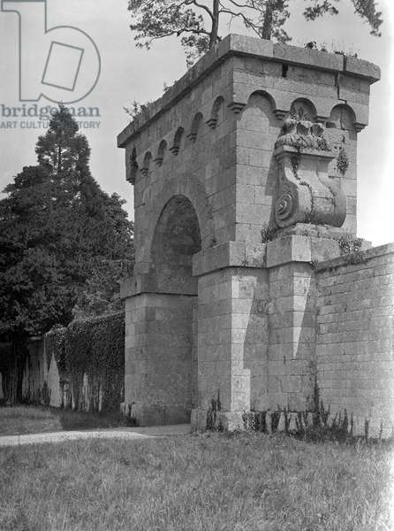 The surviving cyclopean gateway, Eastbury Park, from 'The Country Houses of Sir John Vanbrugh' by Jeremy Musson, published 2008 (b/w photo)
