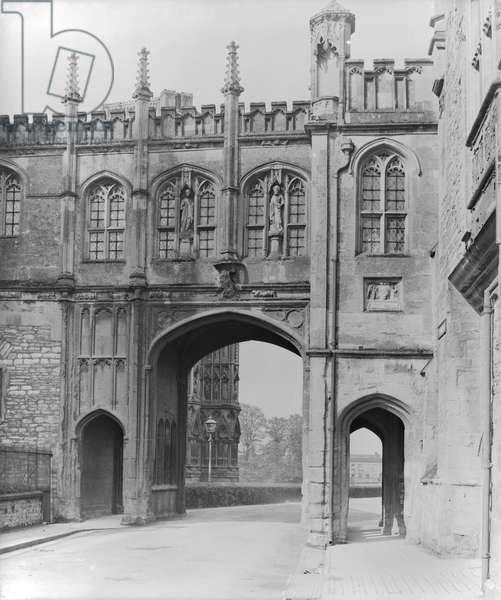 City Gate, Wells (b/w photo) Bishop's Palace, Wells Cathedral (b/w photo)