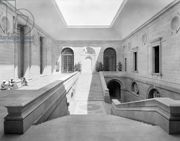 The Staircase Court at the Viceroy's House, from 'Edwin Lutyens: Country Houses' (b/w photo)