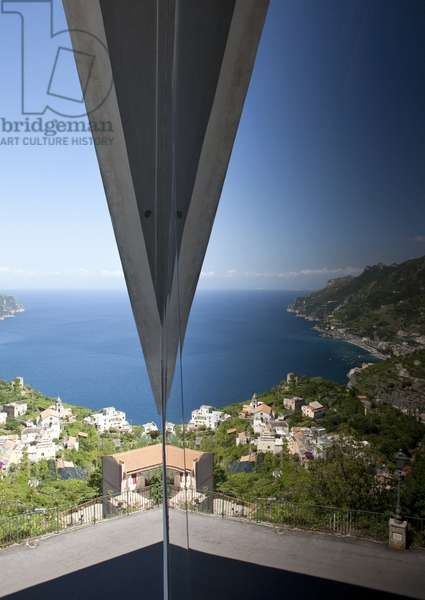 View from Auditorium Oscar Niemeyer, Ravello, Salerno, Italy (photo)