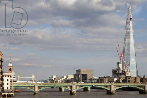 View of The Shard, designed by Renzo Piano, London, UK (photo)