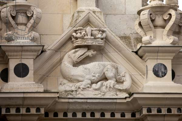 The Royal Chateau de Chambord, detail of the facade, Chambord, France (photo)