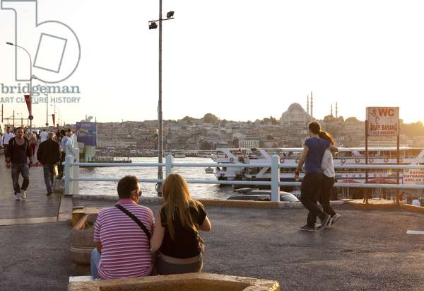 Street scene, Istanbul, Turkey (photo)