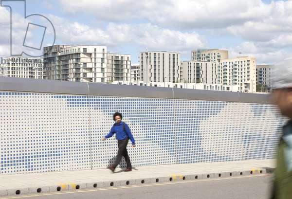 The Clouds Bridge, designed by Oscar Bauer and Nazareno Crea, Stratford, London, UK (photo)