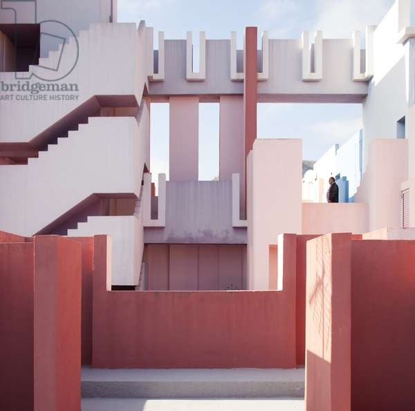 View of La Muralla Roja, designed by architect Ricardo Bofill, Calpe, Alicante, Spain (photo)