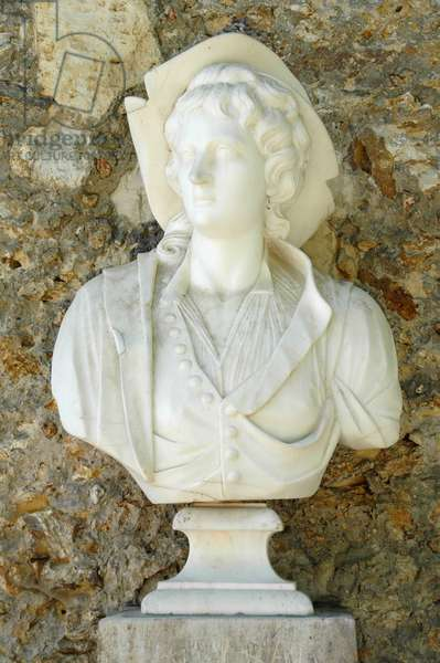 Marble bust of Queen Marie Antoinette, circa 1785.