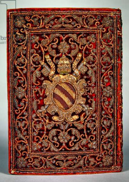 Arms of St Pius V on the binding of 'Heures de l'usage de Rome', 1498 edition (gold, embroidery, velvet & binding)