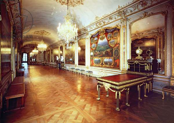 View of the Hall of Battles, Chateau de Chantilly (photo)