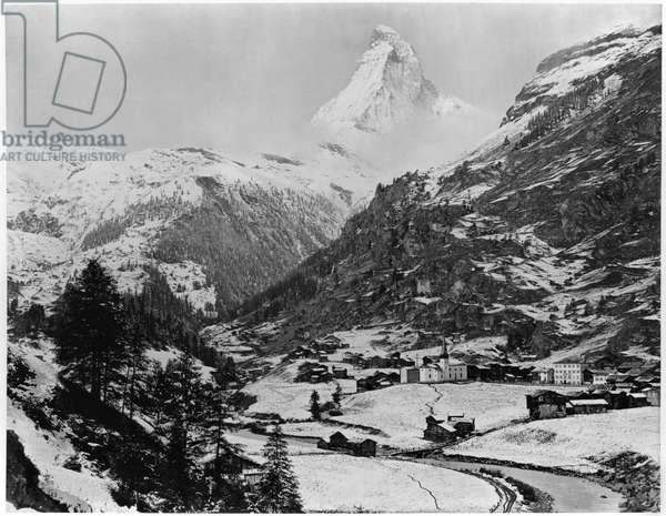 View of Zermatt and Mount Cervin, c.1863-65 (albumen print from a glass negative) (b/w photo)