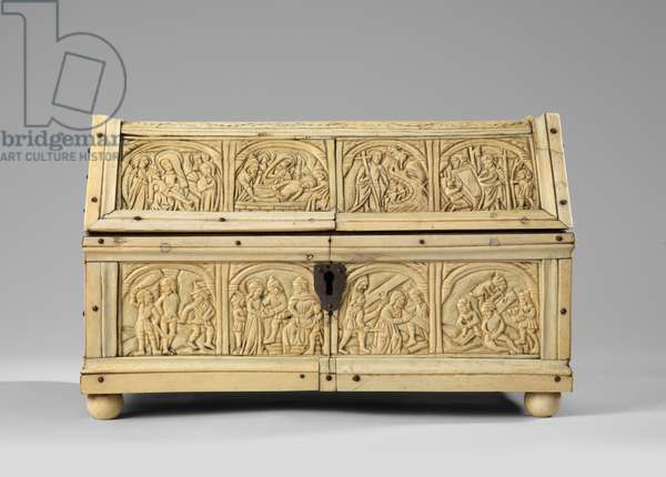 Scenes from Christ's Passion on a box with hipped roof, 15th century (carved ivory & bone on wood with marquetry base and ivory feet)