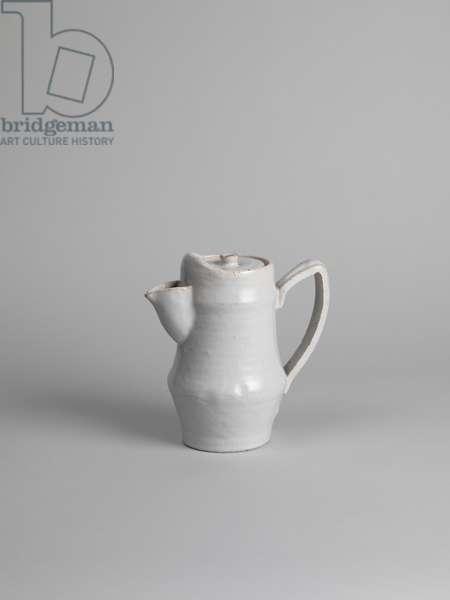 White tin-glazed coffee pot, 1914-15 (tin-glazed earthenware)