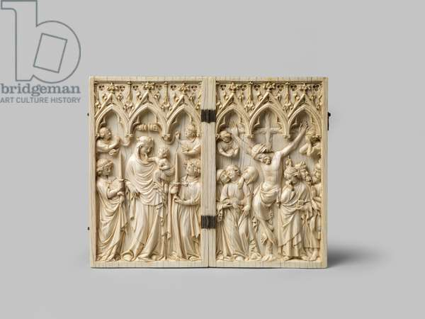 Diptych depicting the Vierge Glorieuse and Crucifixion, 14th century (carved ivory with later ebony backing)