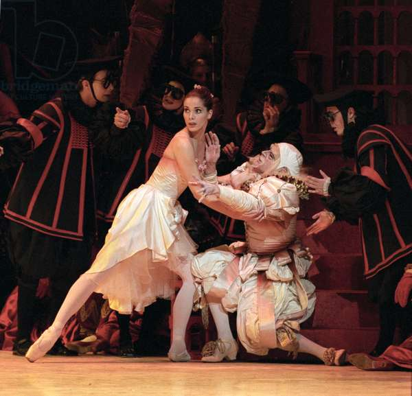 Royal Ballet in 'Prince of the Pagodas'