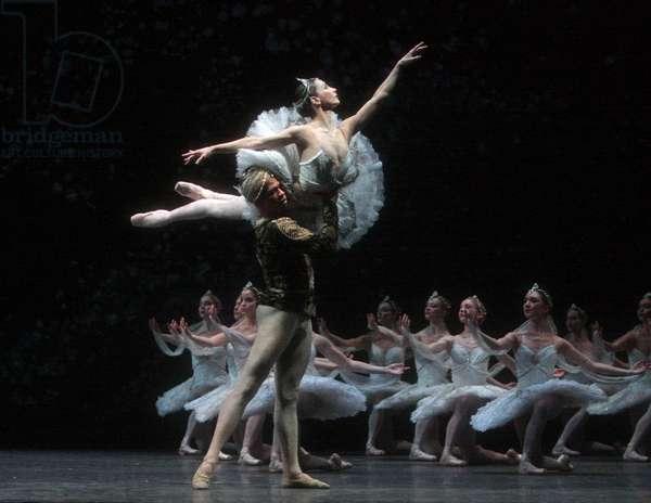 Royal Ballet Tamara Rojo & Carlos Acosta in La Bayadere. (photo)