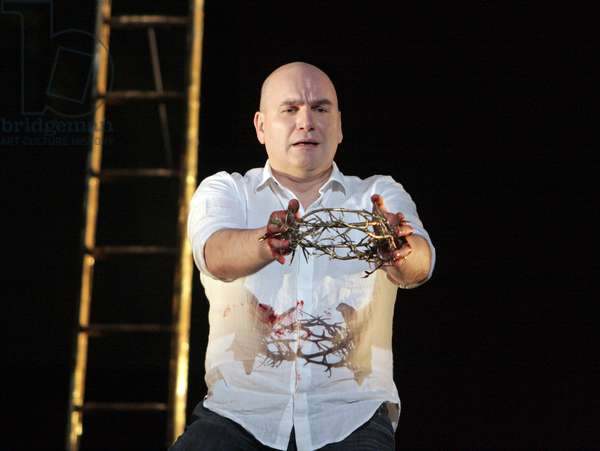 English National Opera in Handel's 'Messiah' (photo)