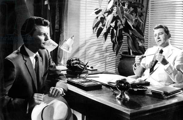La fievre monte a El Paso Fever Rises in El Pao de LuisBunuel avec Jean Servais et Gerard Philipe 1959