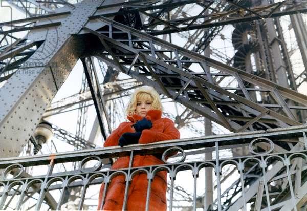 La Femme Ecarlate, directed by Jean Valere, 1969 (film still)