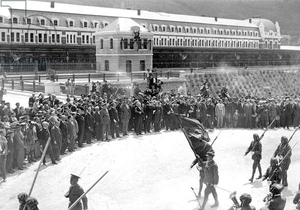 ALFONSO XIII (1886-1941). King of Spain (1886-1931). Gaston Doumergue (1863-1937). English politician of the Third Republic. Inauguration of the International Railway Station Canfranc by King Alfonso XIII and French President Gaston Dumerge in 18 July, 1978. It was opened to traffic one year later. Photography. SPAIN. Canfranc