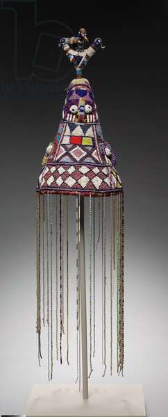 Crown, 1900s (cloth, glass beads, basketry, cardboard, wood, feather quills)