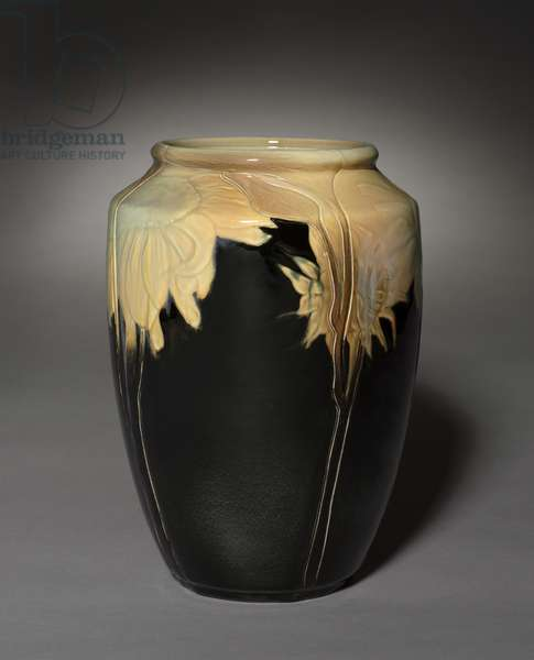 Vase Decorated with Sunflowers, decorated by John D. Wareham (1871-1954), 1899 (earthenware)