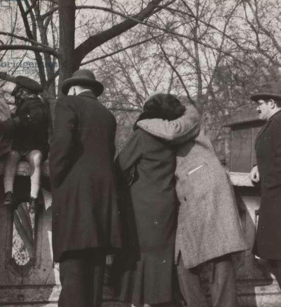 Couple Kissing, 1931-36 (gelatin silver print)