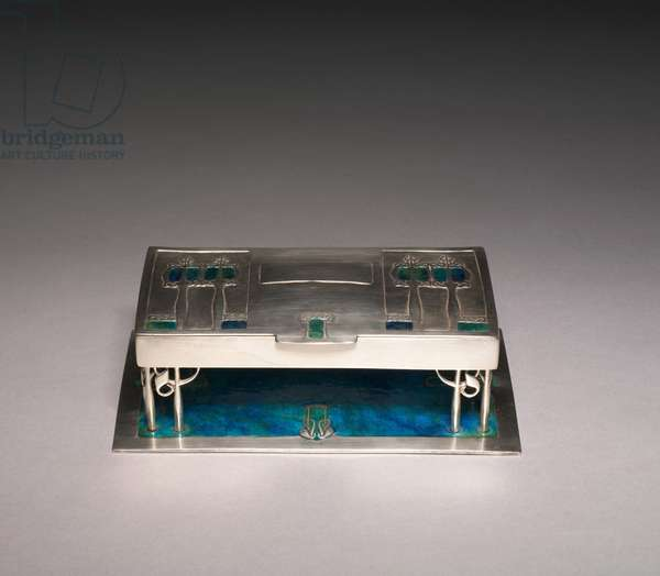 Box, manufacturer Liberty and Company, c.1901 (silver & enamel)