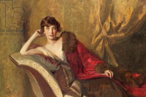 Countess Michael Karolyi reclining on a divan, 1918 (detail of 137824)
