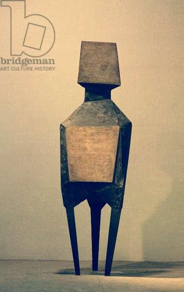 Square, 1968 (bronze)