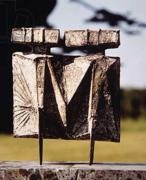 Maquette III Two Watcher, 1967 (bronze)