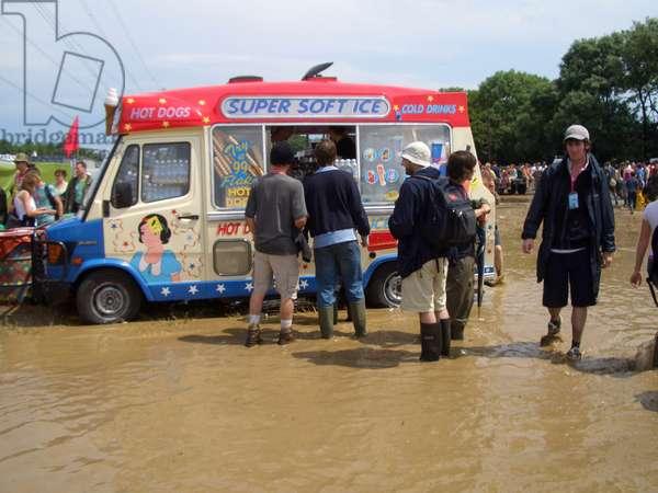 Glastonbury Festival - people