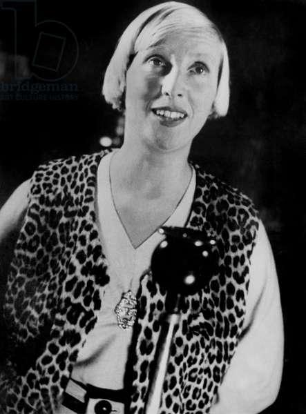 French singer Suzy Solidor (1900-1983) en 1935