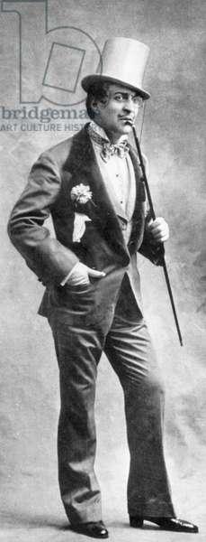 singer Max Dearly in operetta The parisian life, 1931 in Paris